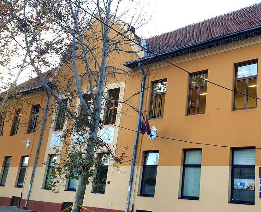 SOLLYS LAND Reference - Srednja škola Novi Bečej 7